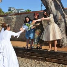 כלה בצילומים ביום חתונתה